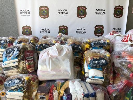 Servidores da PF, IGP e entidades de classe arrecadam duas toneladas de alimentos para doação no RS