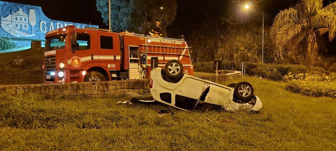 Cinco pessoas ficam feridas em acidente na BR-470, acesso de Garibaldi