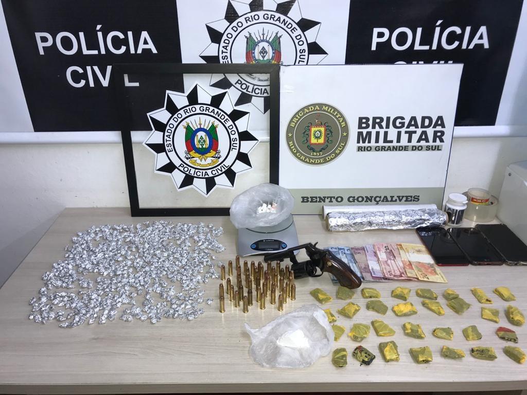 Operação conjunta da BM e PC resulta na prisão de mãe e filho no Borgo em Bento