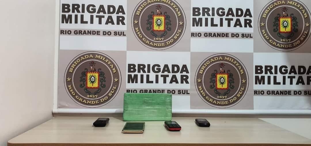 3ºBRBM prende dois homens e apreende 1kg de cocaína em Bom Princípio