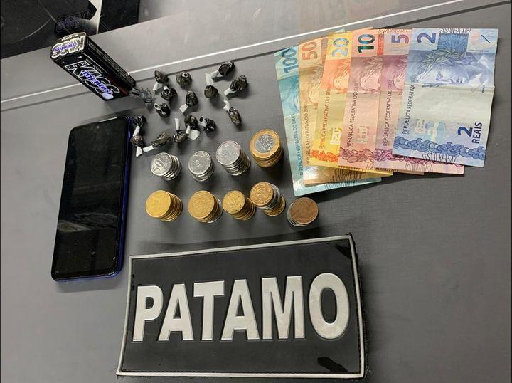 PATAMO prende mulher por tráfico de drogas no Nossa Senhora da Saúde, em Bento