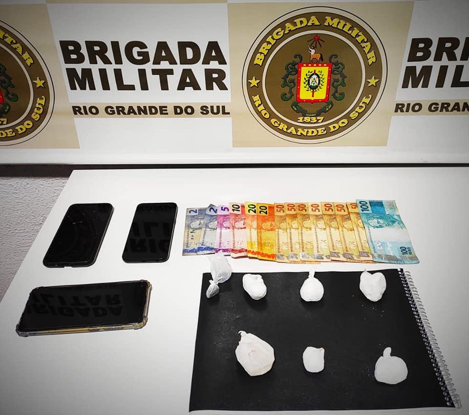 Força Tática prende quadrilha por tráfico de drogas em Serafina Corrêa