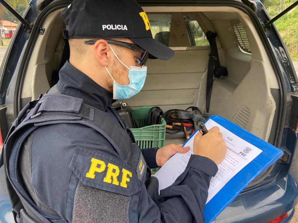 PRF flagra motorista com a habilitação suspensa em Garibaldi