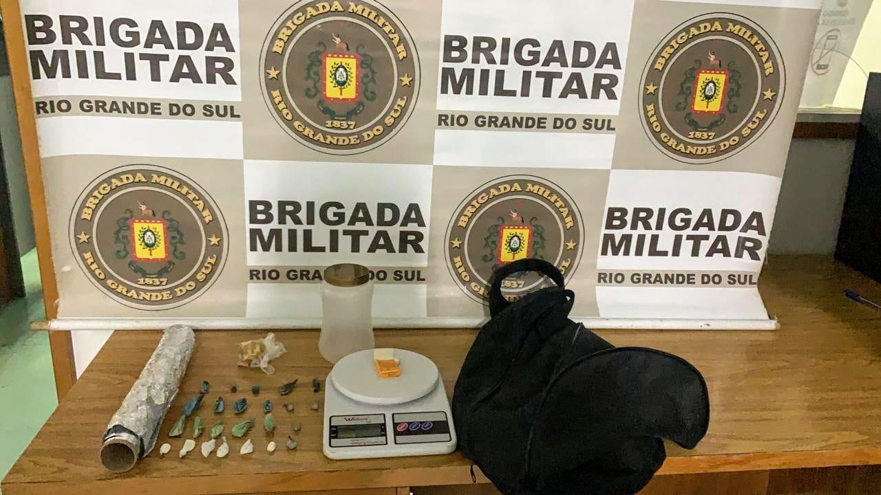 Homem é preso com drogas no bairro Ouro Verde, em Bento