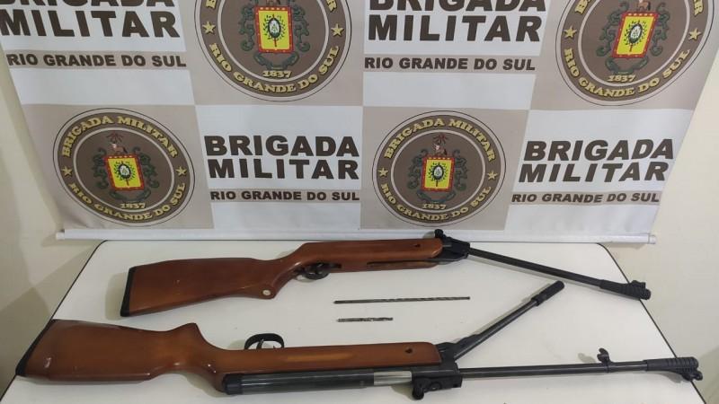 Policiais militares do 22ºBPM prendem homem por posse ilegal de arma em Muçum
