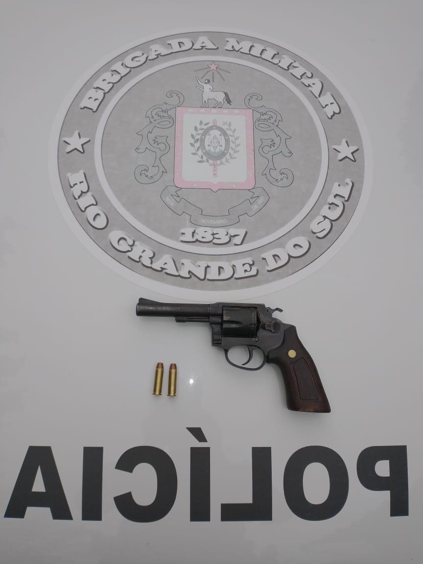BM prende homem por porte ilegal de arma em Canela