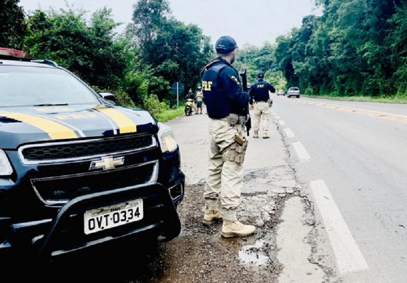 PRF prende homem por embriaguez ao volante e desobediência em Bento Gonçalves