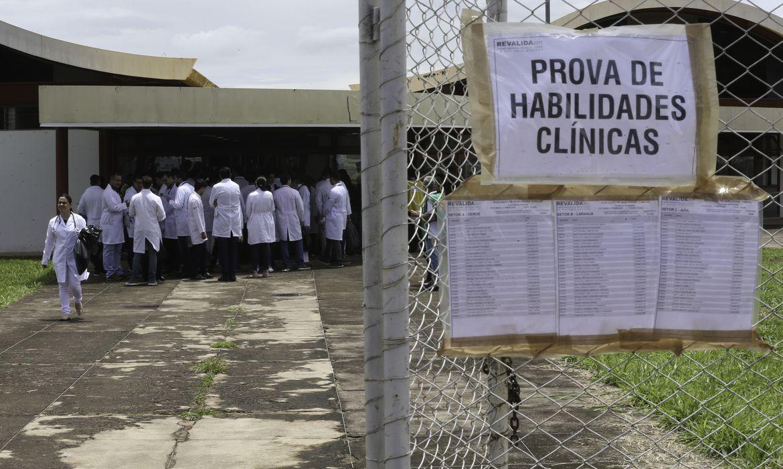 Inscrição em exame de revalidação de diploma médico encerra em 11 de junho