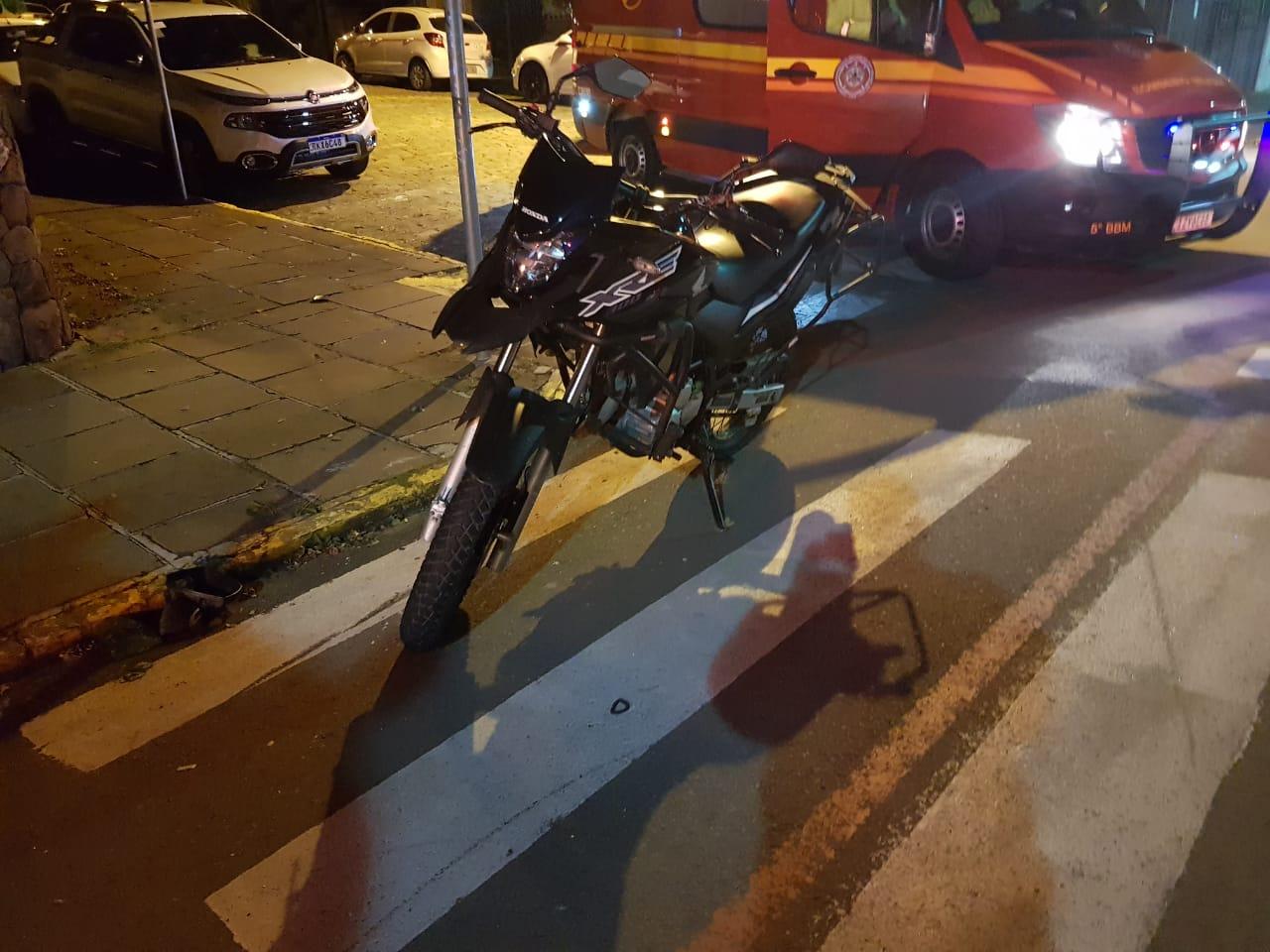 Motociclista fica ferido em acidente em Bento