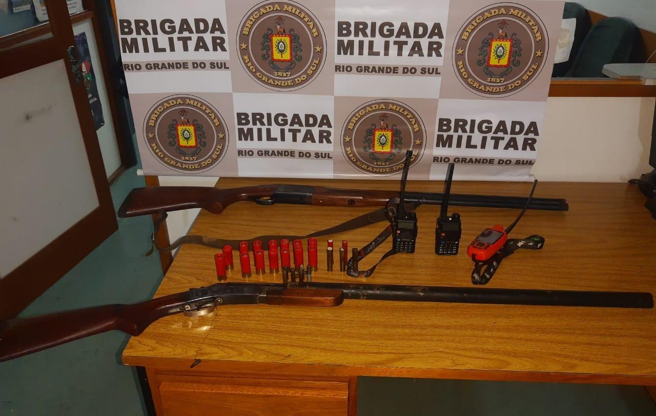 Policiais do 3º BRBM prendem homem por porte ilegal de arma de fogo na RSC-453, em Garibaldi