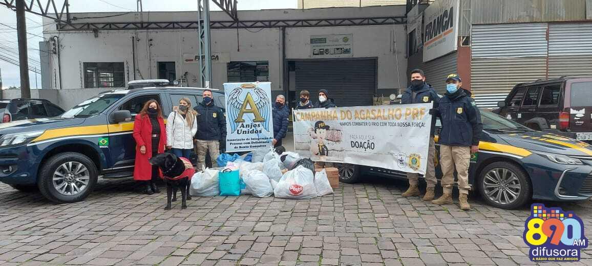 PRF entrega donativos da Campanha do Agasalho para a Associação Anjos Unidos, em Bento