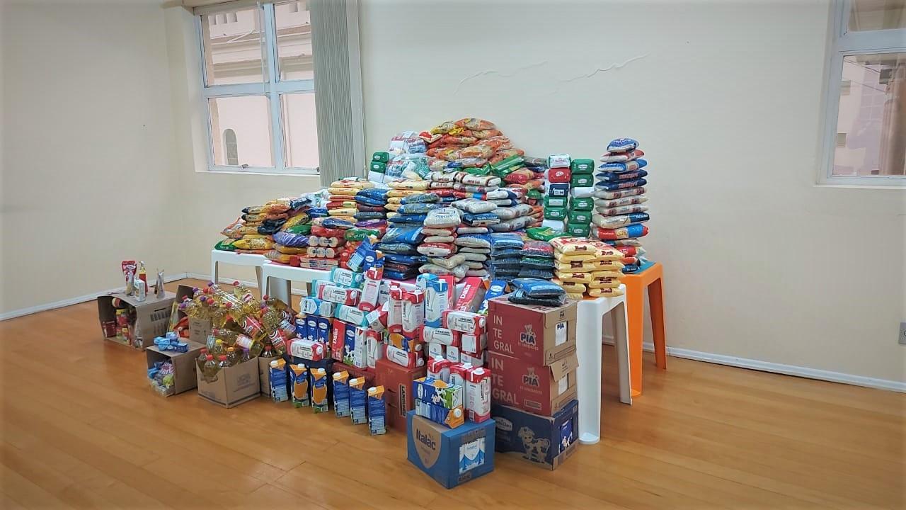 """Fiéis da Diocese de Caxias do Sul doaram mais de 60 toneladas de alimentos durante o """"Mutirão pela Vida de quem tem fome"""""""