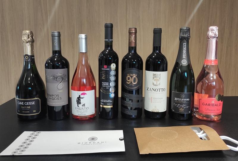 Kits Dia do Vinho vão para enófilas de cinco estados