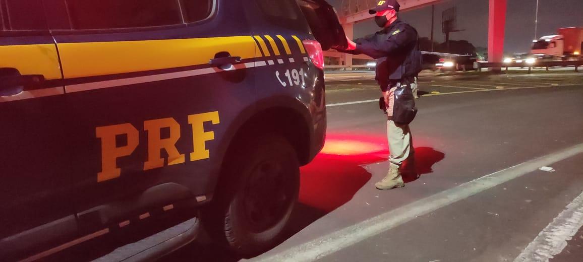 PRF prende criminoso foragido em Caxias do Sul