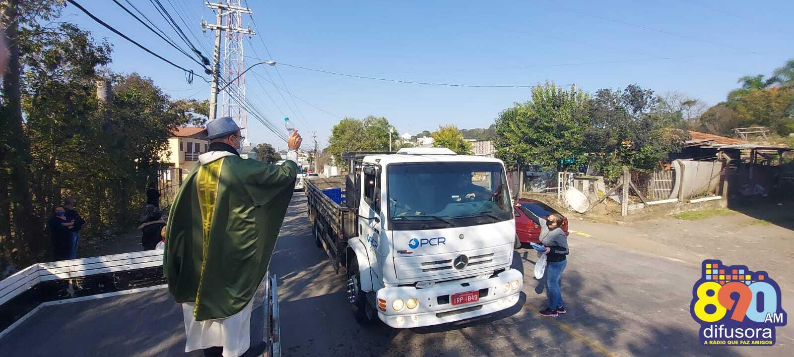 25 de julho: carreata homenageia os colonos e os motoristas em Bento