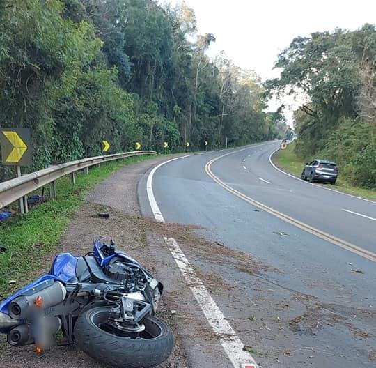 Motociclista, morador de Bento, morre em acidente na ERS-129 em Dois Lajeados