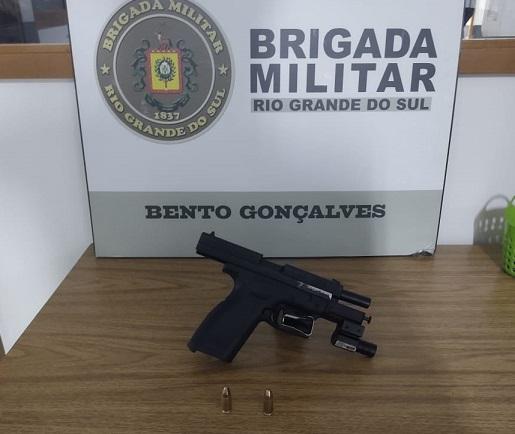 Homem é preso por porte ilegal de arma de fogo no Conceição, em Bento