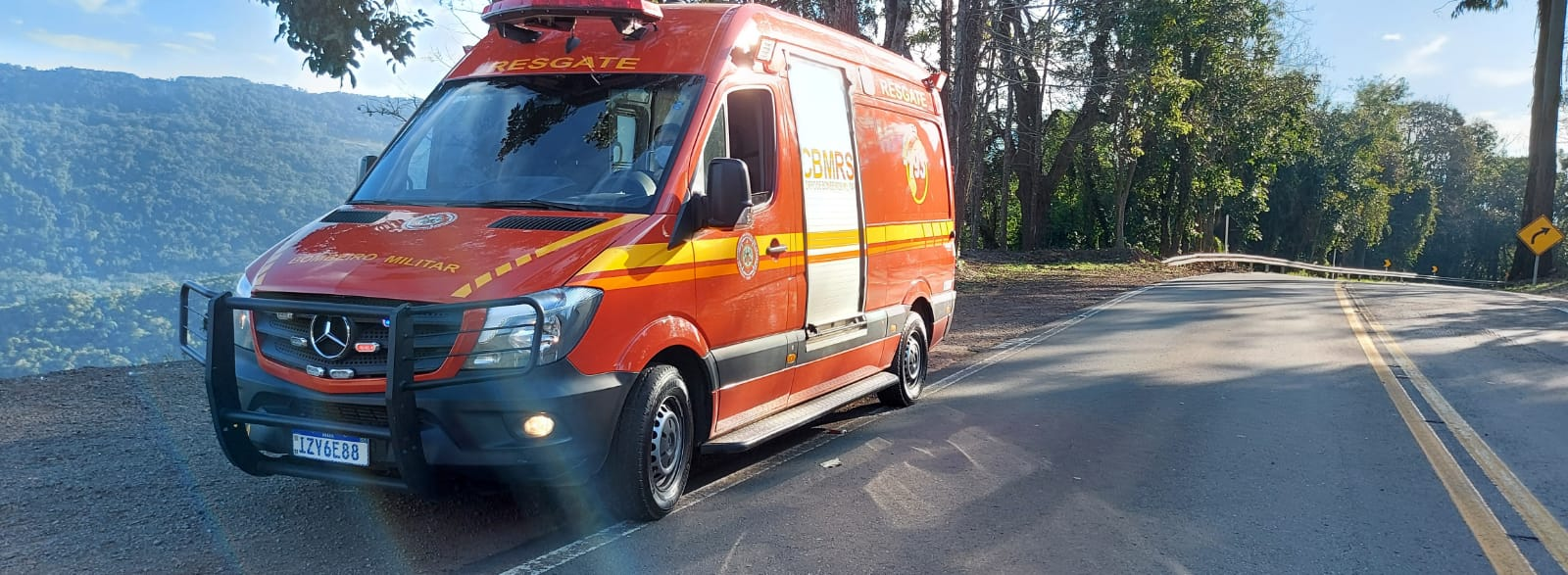 Acidente deixa duas pessoas feridas na Serra das Antas, em Bento