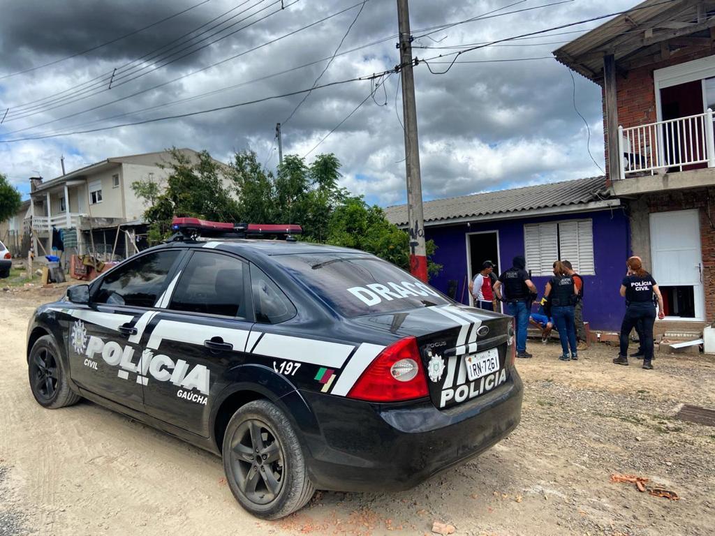 Três indivíduos são presos em ação da DRACO em Caxias do Sul