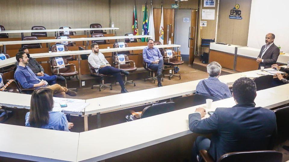 Vereadores de Bento buscam alternativas para melhorar o transporte público coletivo municipal