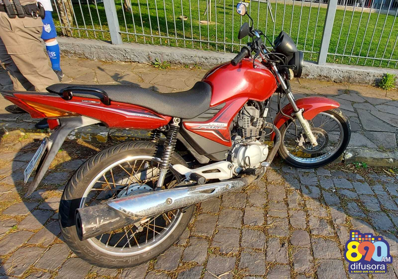 Acidente deixa motociclista ferido no Juventude, em Bento