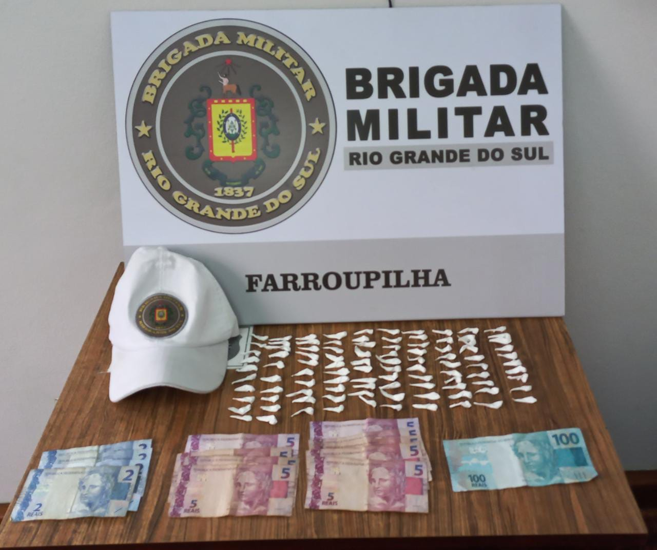 Homem é preso por tráfico de drogas no São José, em Farroupilha