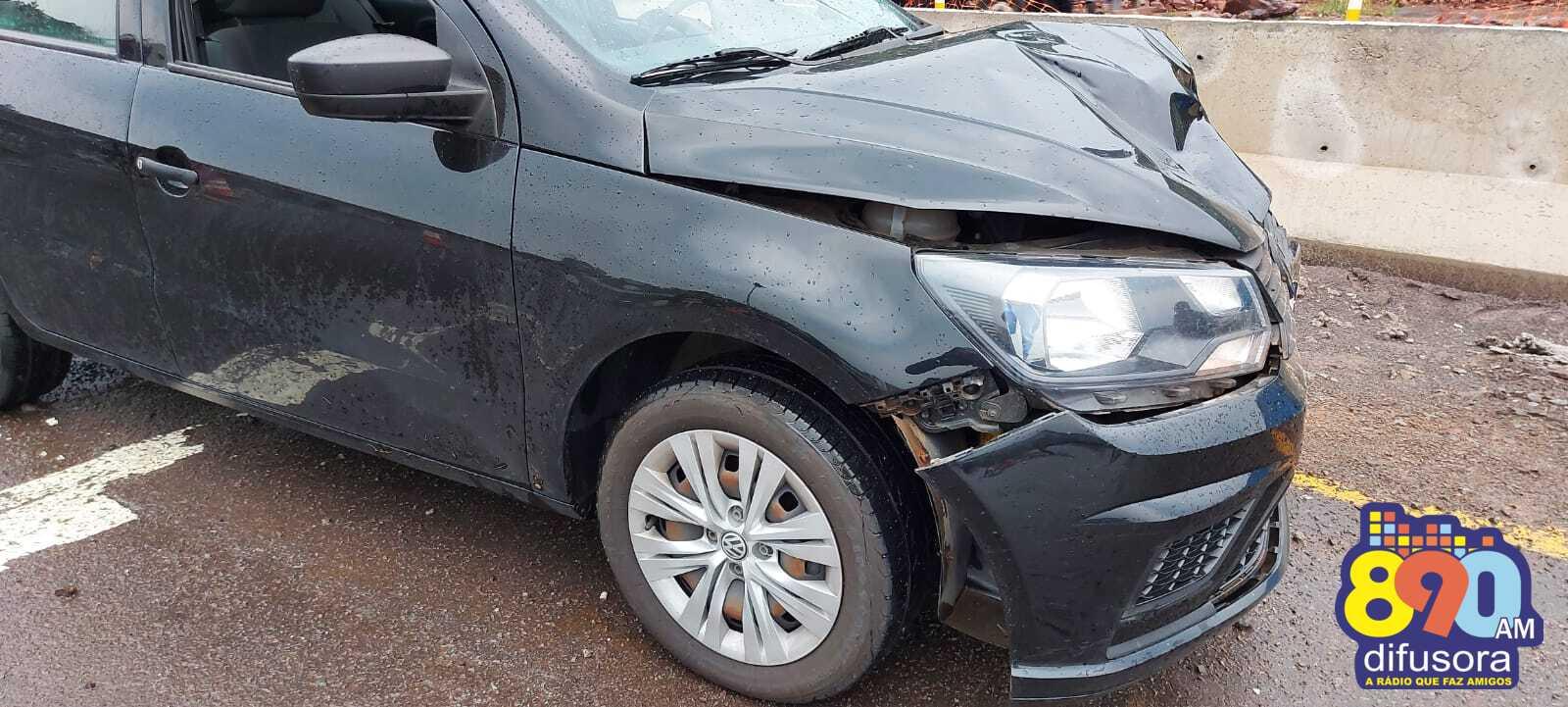 Acidente deixa duas pessoas feridas na BR-470, em Bento