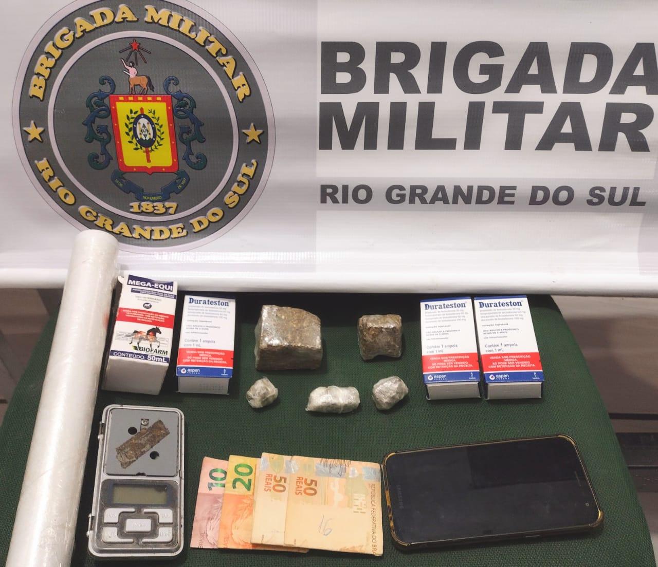 Brigada Militar prende homem por tráfico de drogas em Três Coroas
