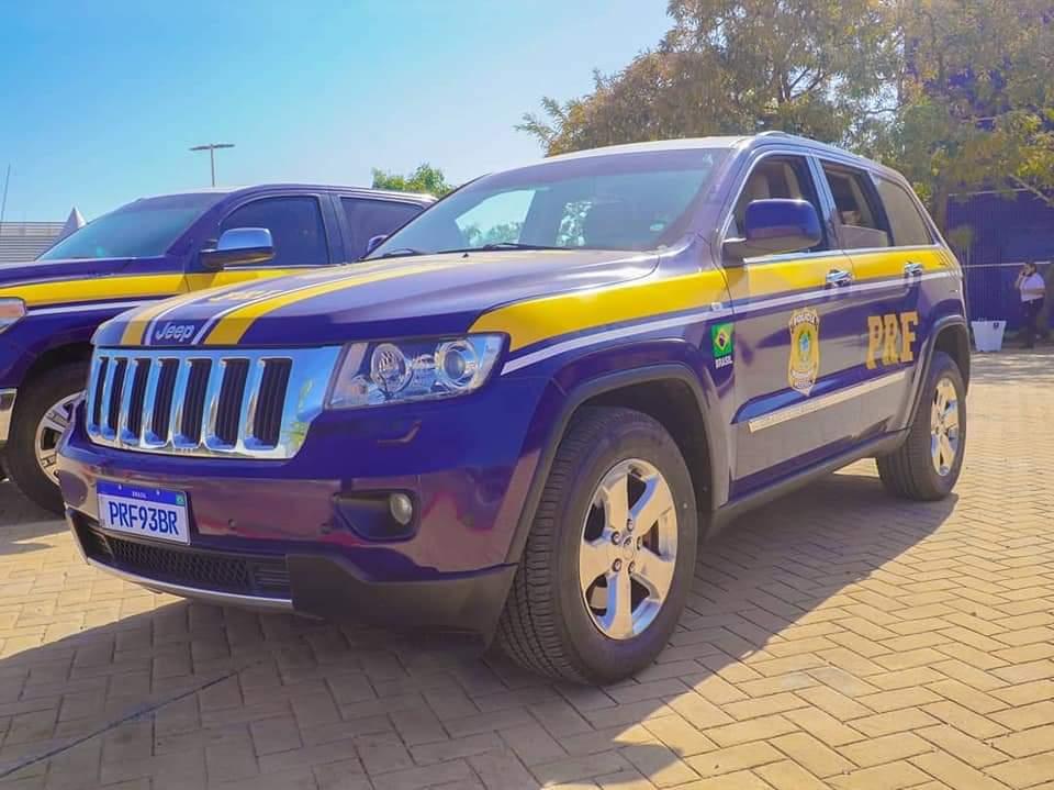 PRF passa a contar com sete carros de luxo confiscados de traficantes em operação