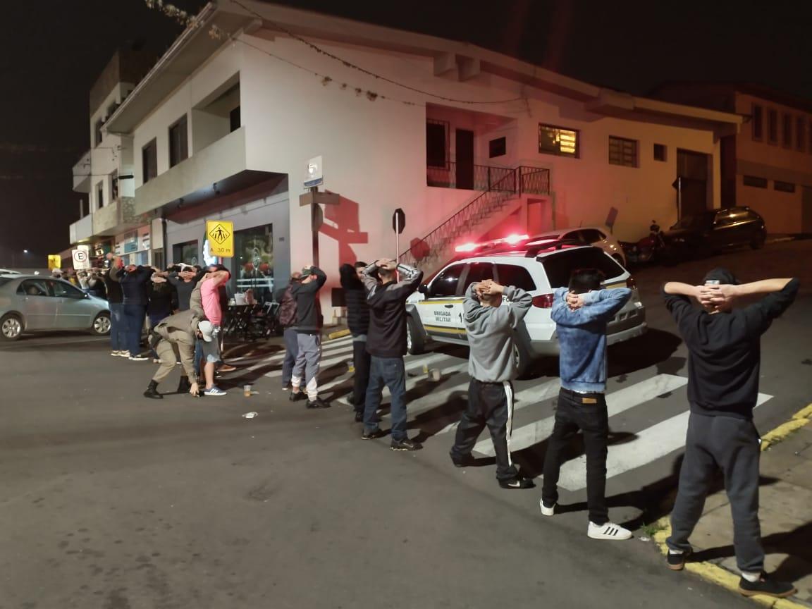 Brigada Militar, PRF e conselho tutelar realizam operação em Veranópolis