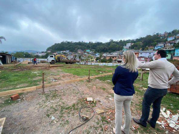Obras da Escola Infantil no Bairro Zatt, em Bento, estão em andamento