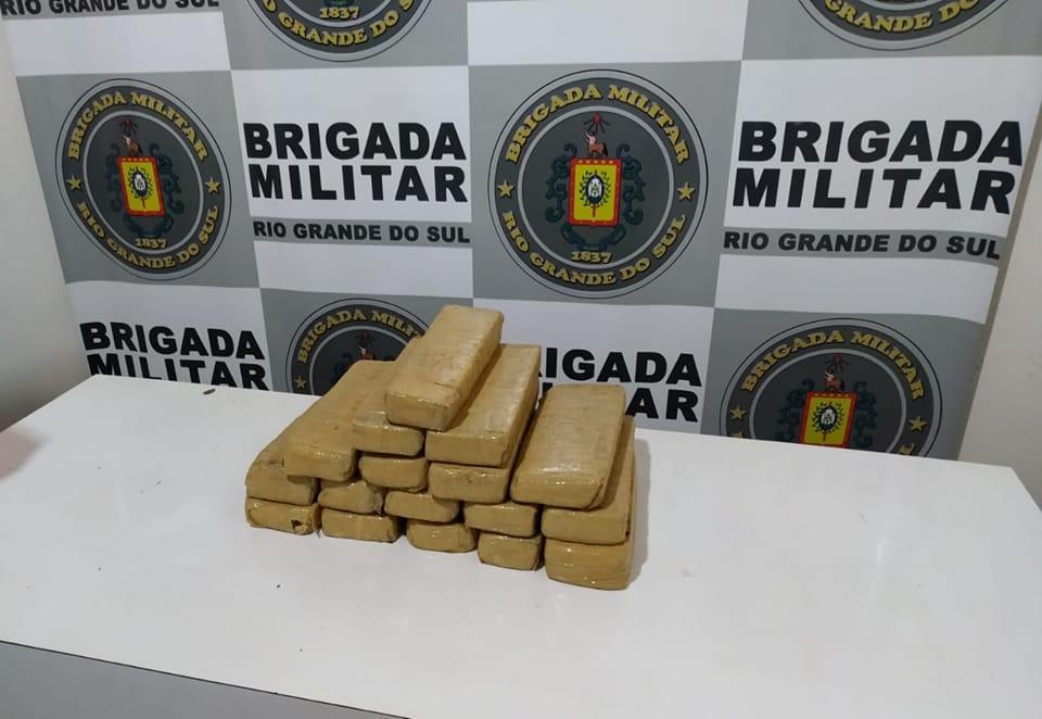 Brigada Militar prende homem e apreende grande quantidade de drogas em Guaporé