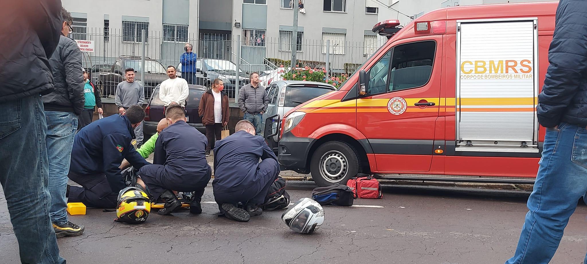 Acidente envolvendo motocicleta deixa duas pessoas feridas no São Roque em Bento