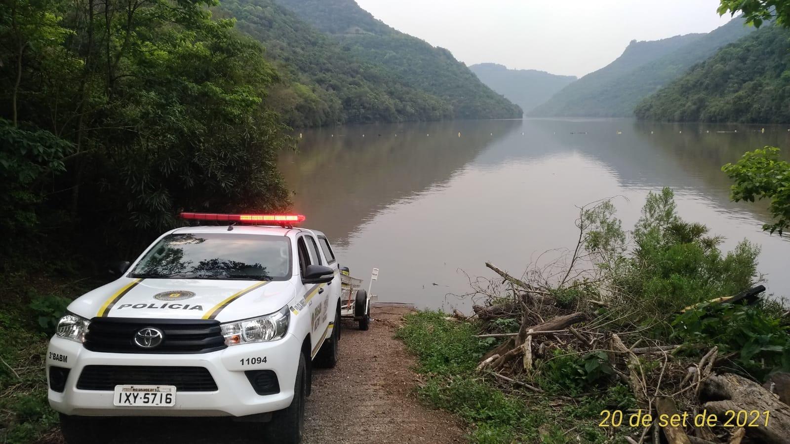 3º Batalhão Ambiental da Brigada Militar realiza operação no Rio das Antas