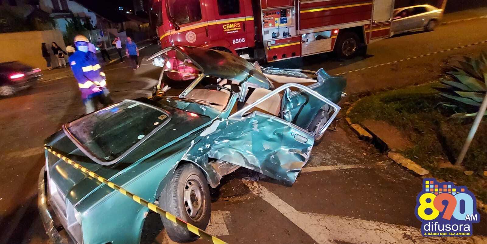 Acidente deixa três pessoas feridas no São Francisco, em Bento
