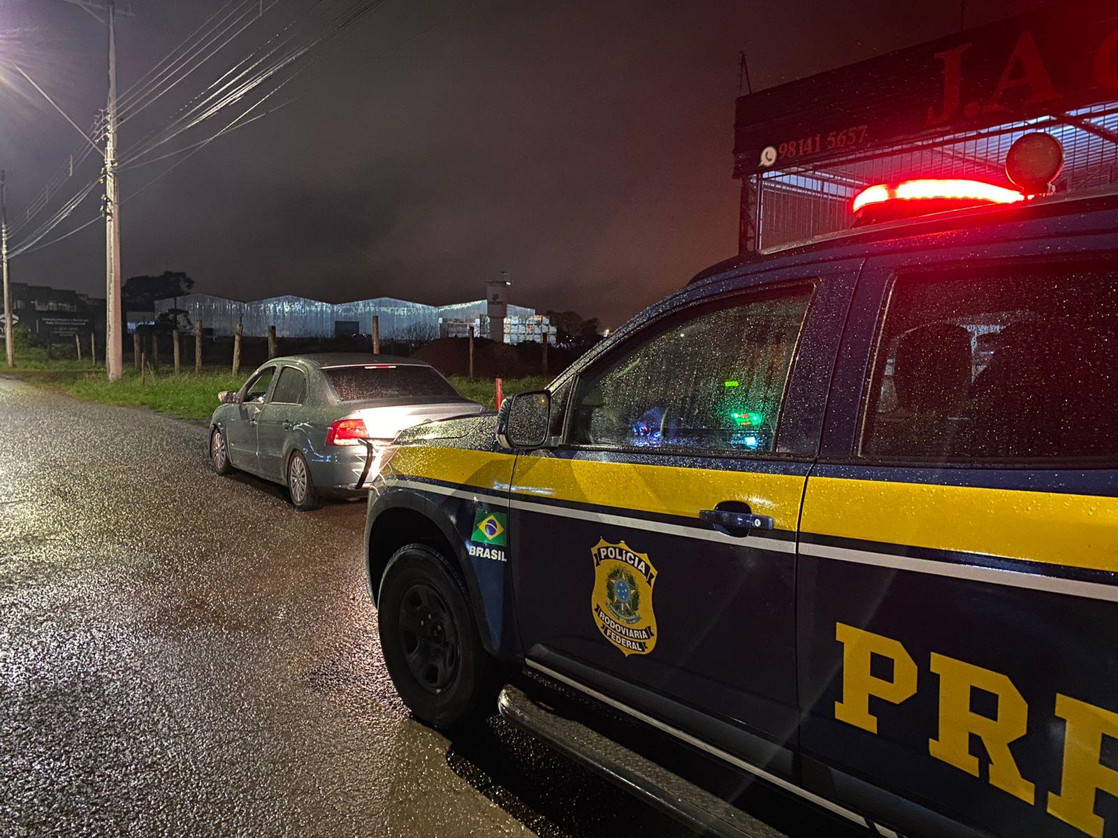 PRF prende motorista procurado pela justiça em Vacaria