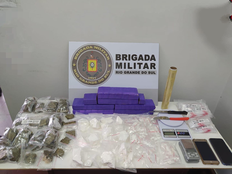 Brigada Militar prende mulher por tráfico de drogas em Farroupilha